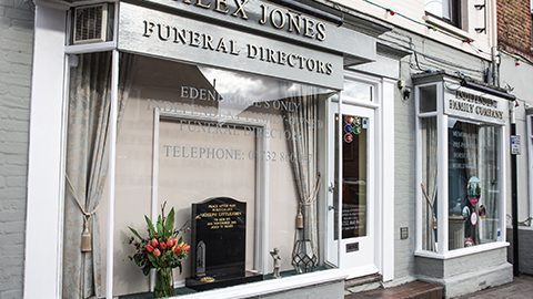 funeral home in edenbridge